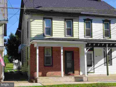 113 E Main St NEWMANSTOWN, Pride of ownership abounds in