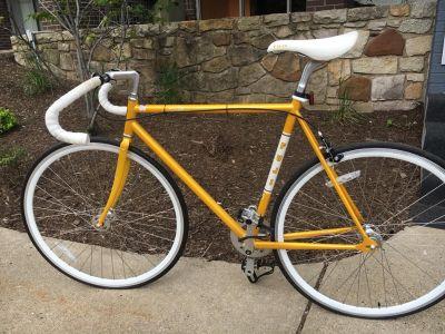 fixed gear road bike