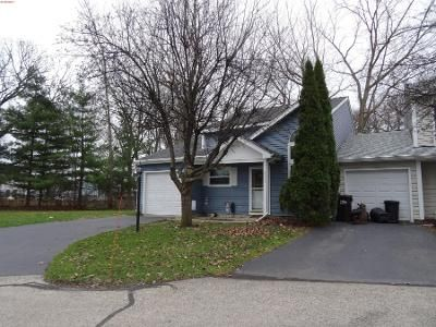 3 Bed 2 Bath Preforeclosure Property in Island Lake, IL 60042 - Linden Dr