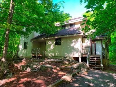 4 Bed 2 Bath Foreclosure Property in Pocono Pines, PA 18350 - Tall Timber Lake Rd