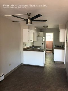 2 bedroom in Berwyn