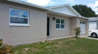 5553 Auld Lane Holiday, New, Better than new!