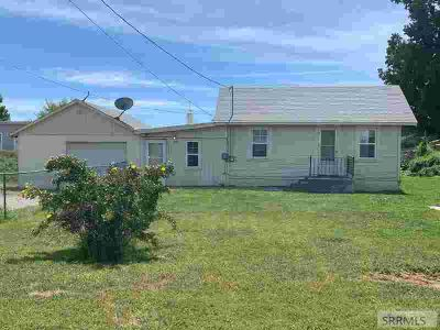 377 W Hwy 39 BLACKFOOT Two BR, Clean starter home just off of