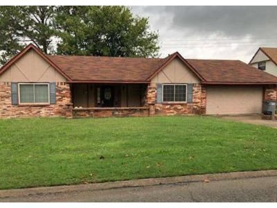 3 Bed 2 Bath Foreclosure Property in Wagoner, OK 74467 - Ford Circle Dr