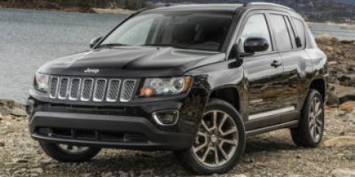 2017 Jeep Compass Latitude (Deep Cherry Red Crystal Pearlcoat)