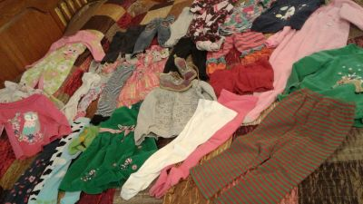 28 pc excellent condition girl's size 24 mo/2T clothes and euro size 22 shoes $18