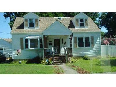 4 Bed 2 Bath Foreclosure Property in Norfolk, VA 23503 - E Ocean Ave