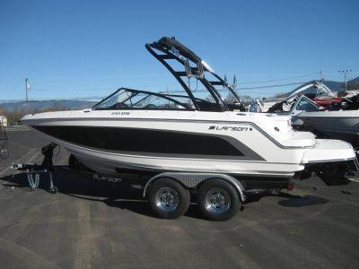 2019 Larson LXH 210 IO Bowriders Lakeport, CA