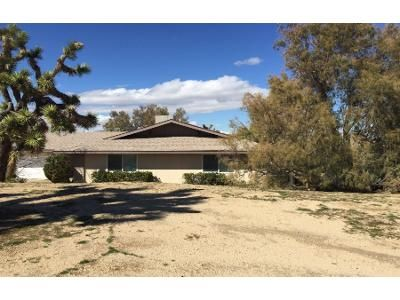 3 Bed 2 Bath Preforeclosure Property in Yucca Valley, CA 92284 - Hidden Gold Dr