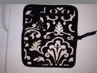 Thirty one brand wallet