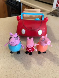 Peppa pig talking car with figures