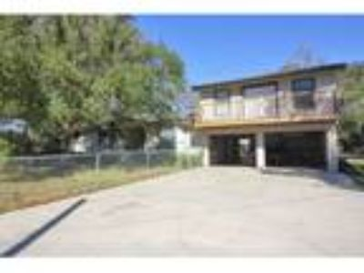 Spacious Home in Silsbee with Garage Apartment