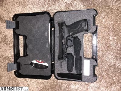 For Sale: Smith & Wesson M&P .40 2.0