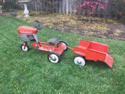 1955 Murray Farm (pedal car) Tractor with Trailer-all original! (Located in Glenview, ill)