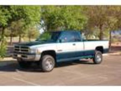 Dodge Ram 2500 SLT long bed