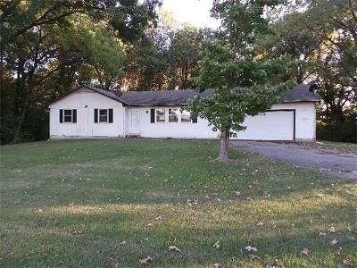 3 Bed 1.1 Bath Foreclosure Property in Asbury, MO 64832 - W Highway 126