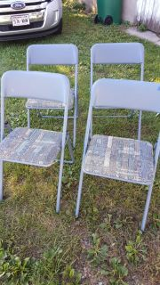 4 padded cardtable chairs. $10. Not a great pic but they are blue.