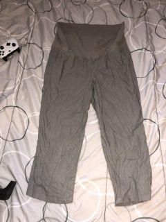 Women s old navy maternity pants size medium great condition