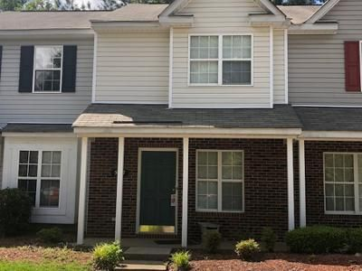 2 Bed 2.5 Bath Preforeclosure Property in Charlotte, NC 28215 - Kimmerly Woods Dr