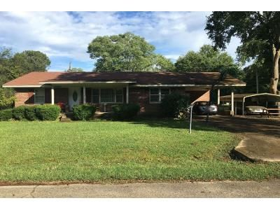 Preforeclosure Property in Baldwyn, MS 38824 - Park St