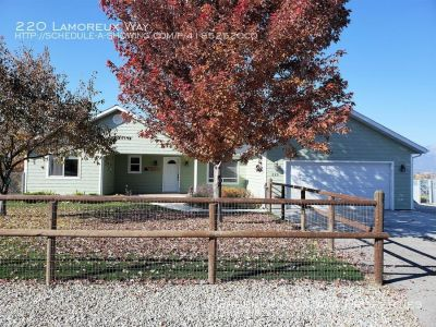 Spacious home on 1/2 acre