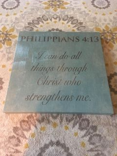 WALL SCRIPTURE - PHILIPPIANS 4-13 I CAN DO ALL THINGS THROUGH CHRIST WHO STRENGTHENS ME it measures 19.5x19.5 COLOR IS AQUA