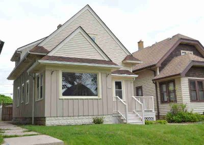 6624 W Moltke Ave Milwaukee Four BR, Adorable Lenox Heights