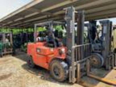 2008 LP Gas Nissan F04B45V-LP Pneumatic Tire 4 Wheel Sit Down