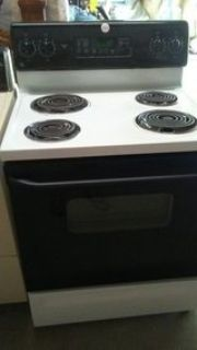 GE electric self cleaning stove