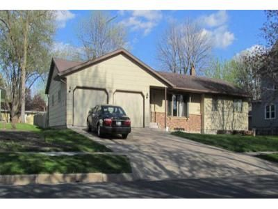 2 Bed 1 Bath Foreclosure Property in Brownton, MN 55312 - 8th Ave N