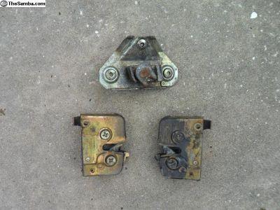 Front & rear door lock set