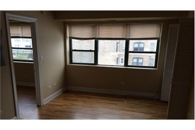 Beautiful 2 bedroom with in unit Washer Dryer