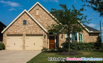 Stunning Perry Home in Sugar Land's Riverstone