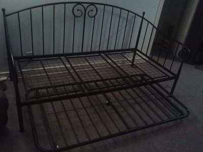 $150, Daybed Just like NEW