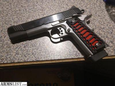 For Sale: Kimber Custom ii