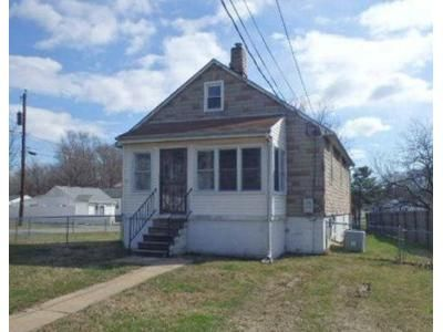 4 Bed 1 Bath Foreclosure Property in Sparrows Point, MD 21219 - Edgemere Ave