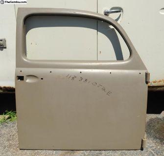 NOS Beetle Passenger Side Door 113 831 052E
