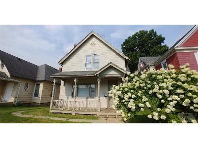 4 Bed 2 Bath Foreclosure Property in Burlington, IA 52601 - S 8th St
