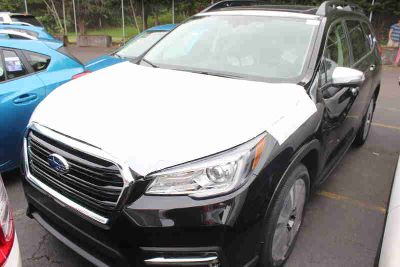 2019 Subaru Ascent Black, new