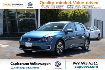 2016 Volkswagen e-Golf (Pacific Blue)