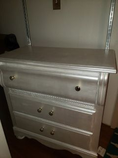Distressed Antique Dresser With Mirror