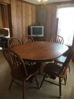 Solid Oak Table with Six chairs and Hutch