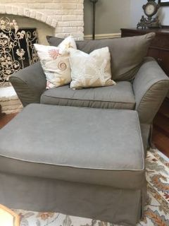 ~Chair and a Half with Ottoman~