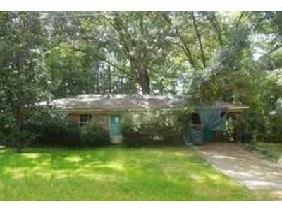 3 Bed 1 Bath Foreclosure Property in Morton, MS 39117 - Wallace Dr