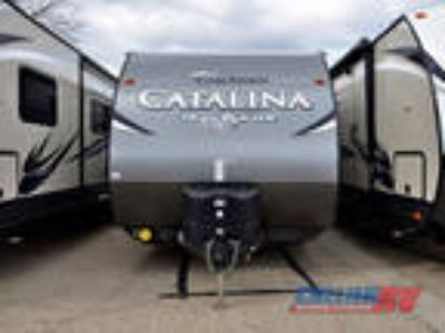 2017 Coachmen Catalina Trail Blazer 22TH 29ft