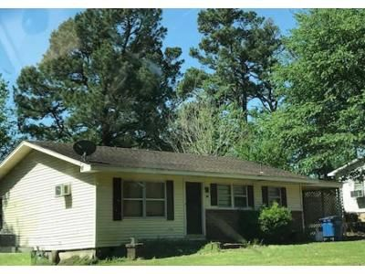 3 Bed 2 Bath Foreclosure Property in Rector, AR 72461 - W 2nd St