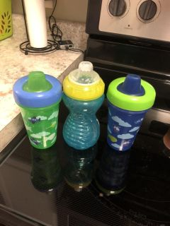 3 Sippy Cups