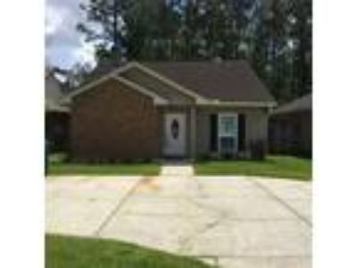 $139000 Three BR 2.00 BA, Slidell