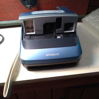 Polaroid camera. Light blue. VGUC. See pics