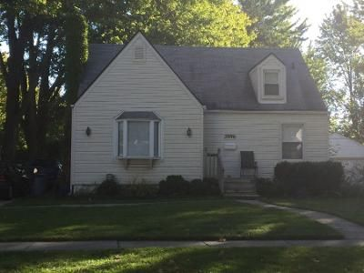 3 Bed 1 Bath Preforeclosure Property in Berkley, MI 48072 - Thomas Ave